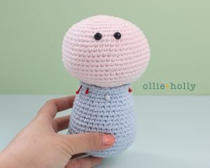 Free Repressed Memory Emily (Mr. Frond's Therapy Dolls from Bob's Burgers) Amigurumi Crochet Pattern Step 18