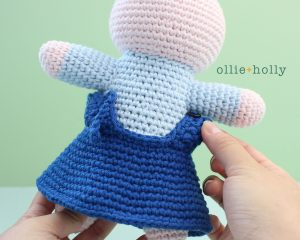 Free Repressed Memory Emily (Mr. Frond's Therapy Dolls from Bob's Burgers) Amigurumi Crochet Pattern Step 21