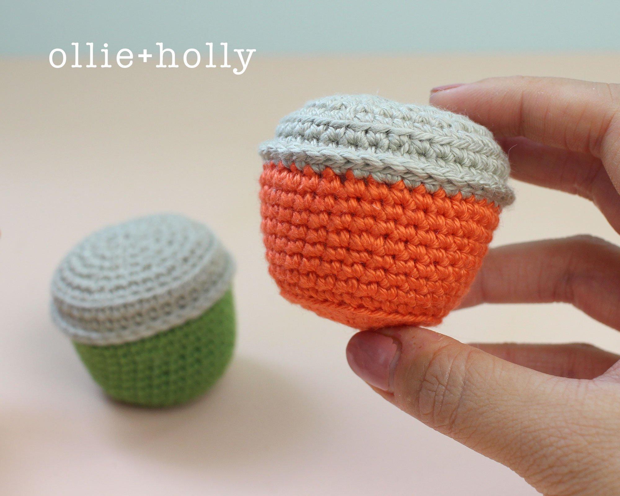 Free Taiwan Tatung Rice Cooker Amigurumi Keychain/Ornament Crochet Pattern Step 1