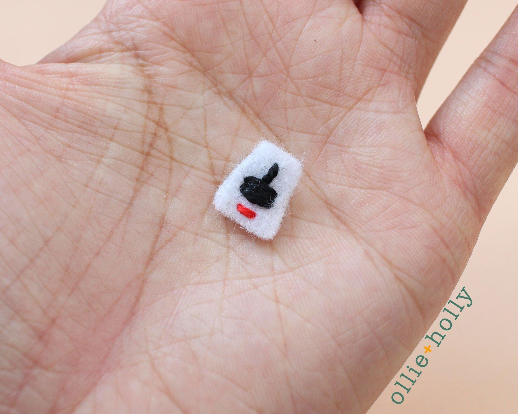 Free Taiwan Tatung Rice Cooker Amigurumi Keychain/Ornament Crochet Pattern Step 9