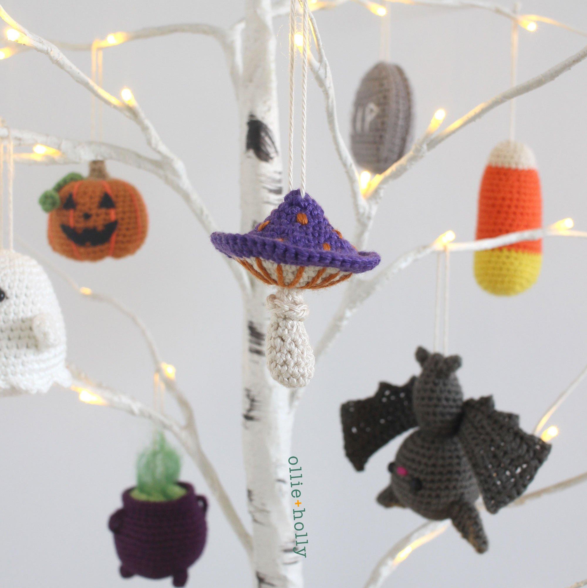Free Poisonous Mushroom Amigurumi Halloween Tree Ornament Crochet Pattern