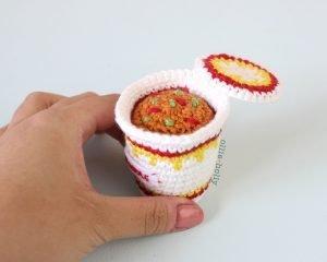 Free Cup Noodles Instant Ramen Amigurumi Toy Crochet Pattern Step 11