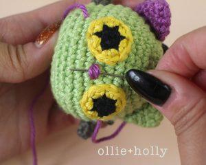 Free Frankenkitty & Pumpkitten Halloween Cat Ornaments Amigurumi Crochet Pattern Step 17