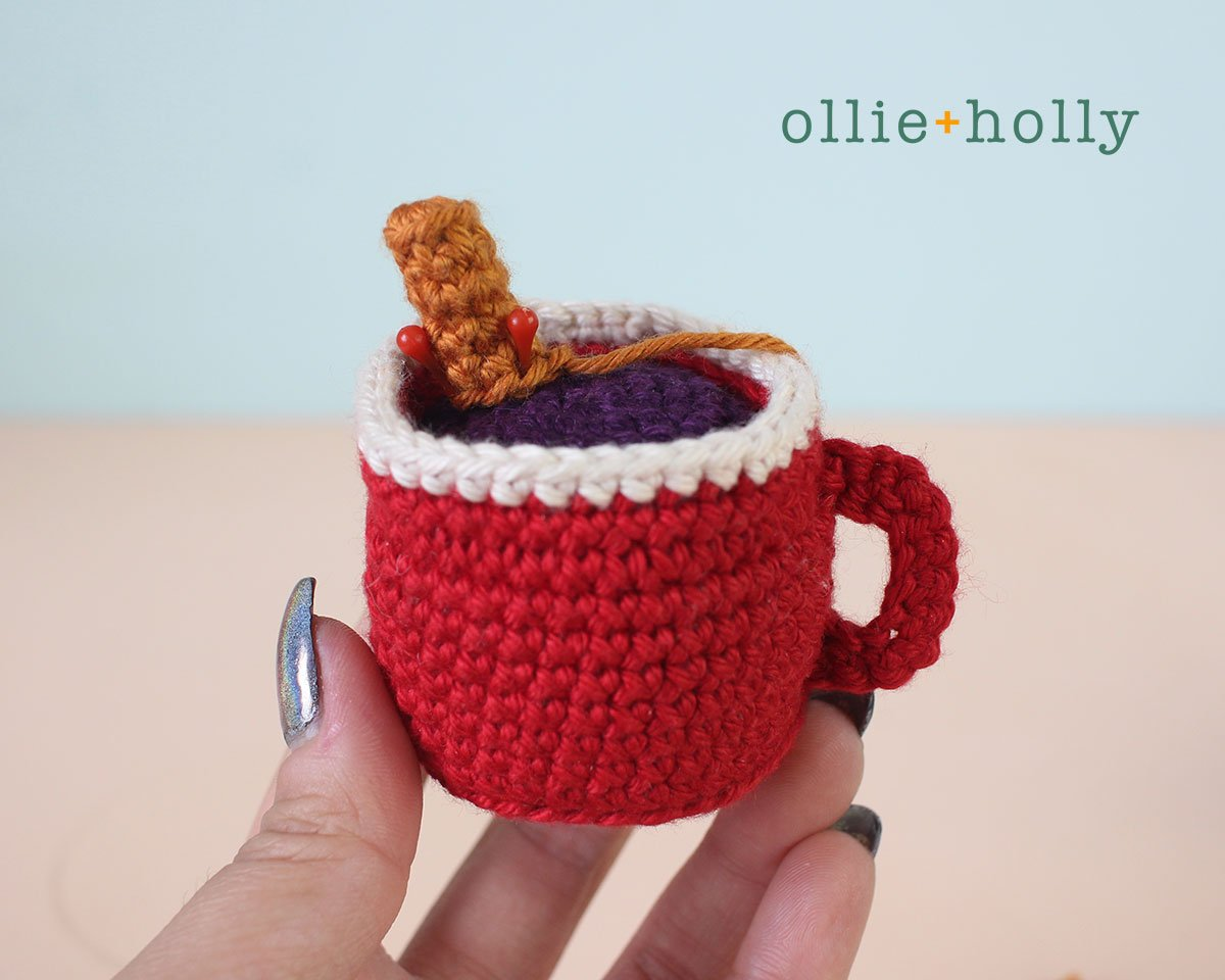 Free Hot Chocolate Cocoa Mug Amigurumi Christmas Ornament Crochet Pattern Step 21