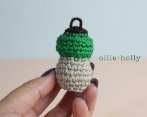 Free Vintage Camping Lantern Amigurumi Crochet Christmas Ornament Pattern Step 4