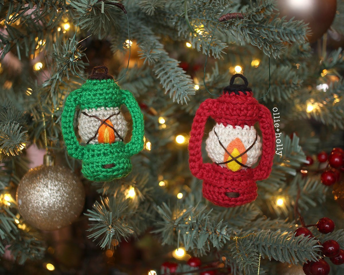 Free Vintage Camping Lantern Amigurumi Crochet Christmas Ornament Pattern Red and Green Complete