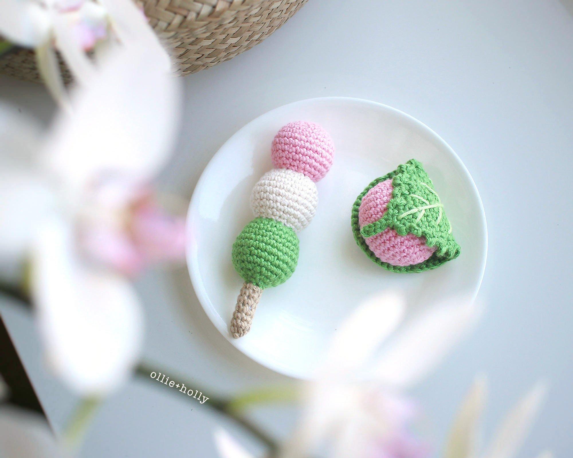 Free Hanami Dango (花見団子) Japanese Dessert Amigurumi Crochet Pattern Complete