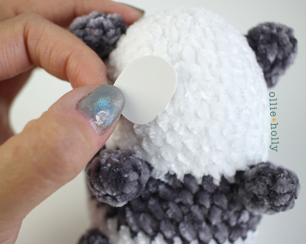 Free Onigiri The Stuffed Panda Bear Bean Amigurumi Crochet Pattern Step 18