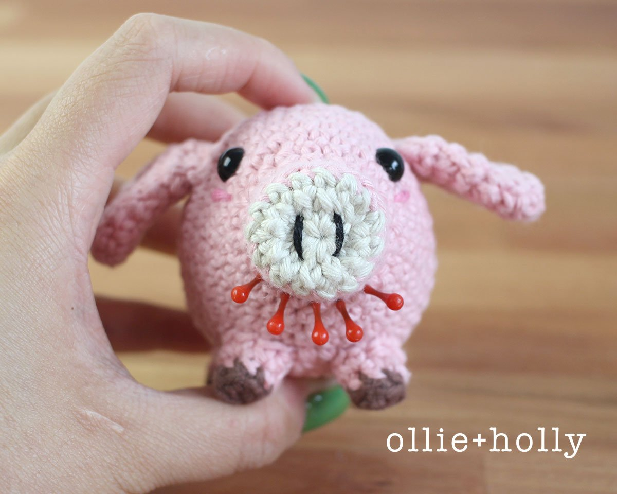 Free Little Piggy Stuffed Animal Amigurumi Crochet Pattern Step 12