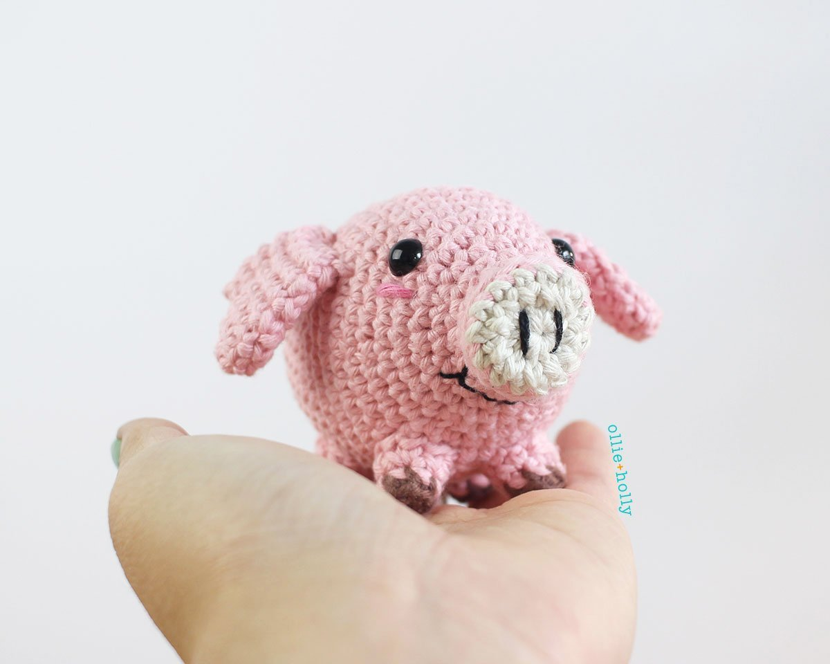 Free Little Piggy Stuffed Animal Amigurumi Crochet Pattern Finished